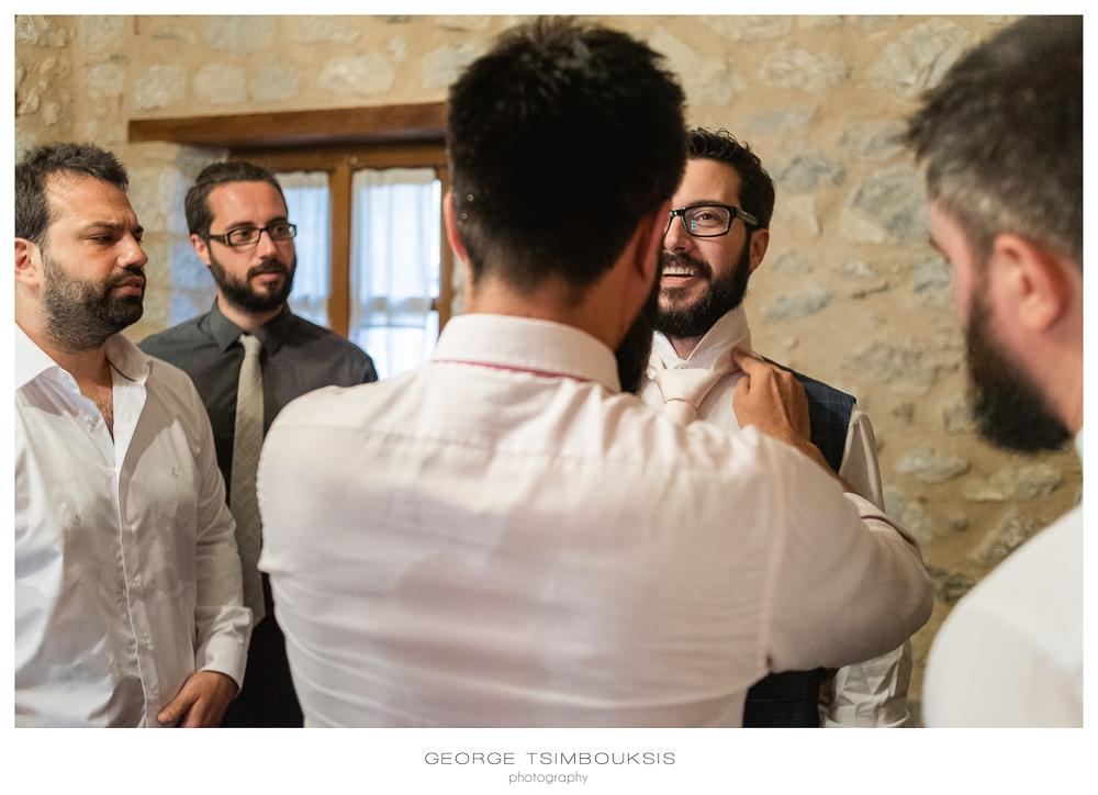 63_Γάμος στον Μυστρά προετοιμασία γαμπρού.jpg