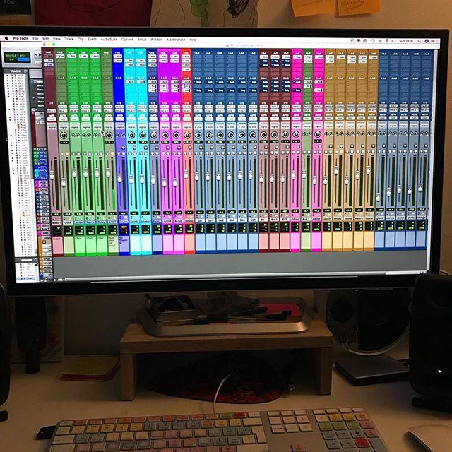 I love a big mix #protoolsgirl #loopcloud #recordingartist #rainbowcolour