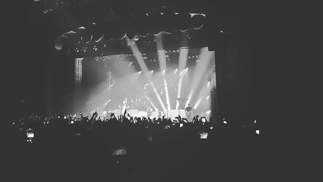 I came, I saw, he conquered.  @bornsmusic