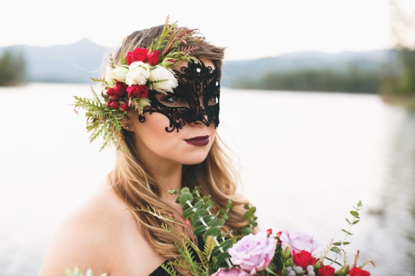 Redding CA Florist: Floral Crown