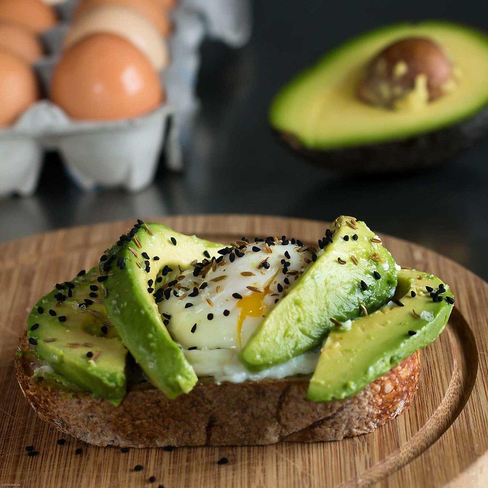 Avocado-Toast-The-White-Radish-3.jpg