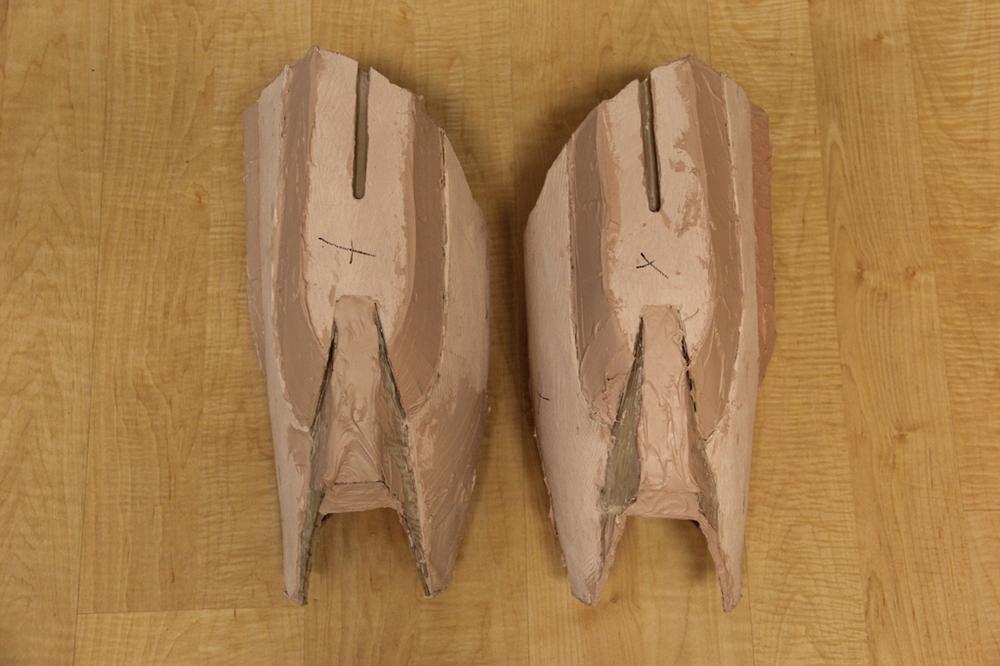 Thighs (Bondo)