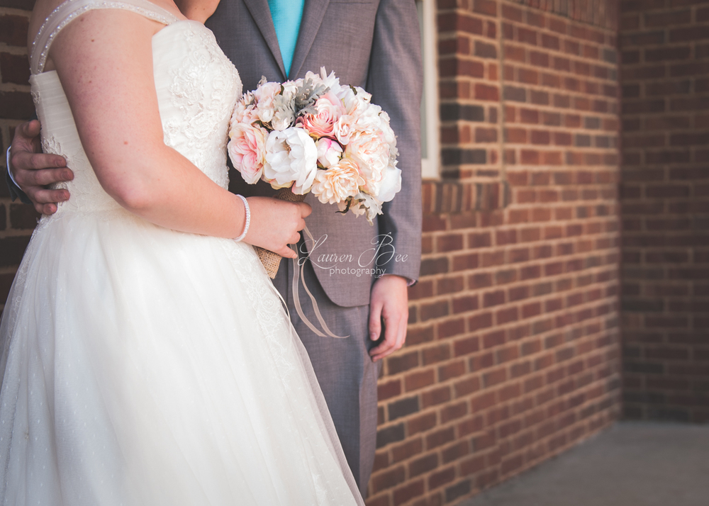 10f Huntsville Madison Wedding Photographer flowers.jpg