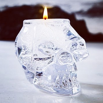 Like water on fire, our Crystal Skull Gem Candle makes a clear statement.  Featured on #Zulily!  Pick some up in person while they last, at #uniquela (May 12th & 13th, #dtla).