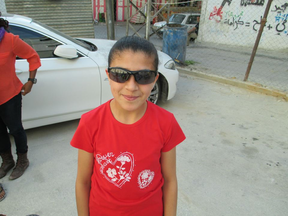 the young girl to whom i gave my glasses
