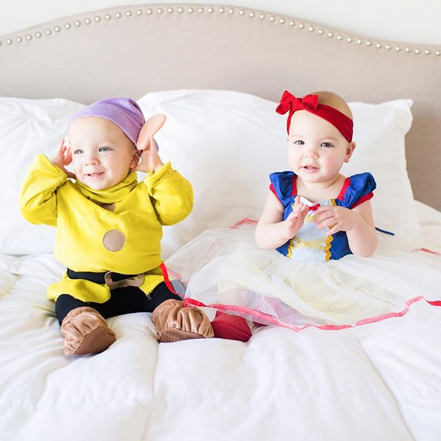 We will be celebrating Halloween on a plane this year (naturally the babies are going to be dressed up as pilots) so I couldn't resist sharing this picture of the babies in their Snow White & Dopey costumes from last weekend! Any tips for flying with two (almost) one year olds? Lou is walking, and just about never sits still, and although Henry isn't quite there yet he is just as active. Im sure we are crazy but it will be worth it, right?! Help a mama out! . . . . . . #theartofbeingamother #babiesofinstagram #motherhoodsimplified #aheadofthecurve #newborn #newbornlifestyle #newbaby #baby #nursery  #newbornbaby #babystory #motherhood #motherhoodrising #newbornphotography #babies #twins #twinmom #twinstagram #travelingtwins #happyhalloween