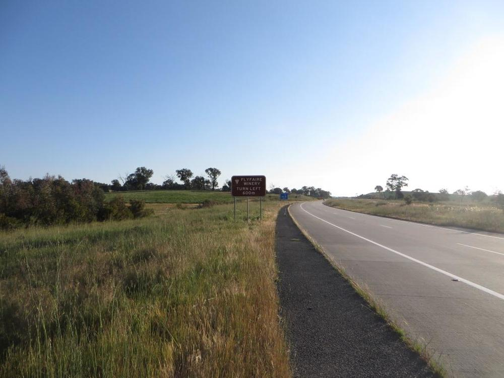Flyfaire's new M31 Hume Hwy sign