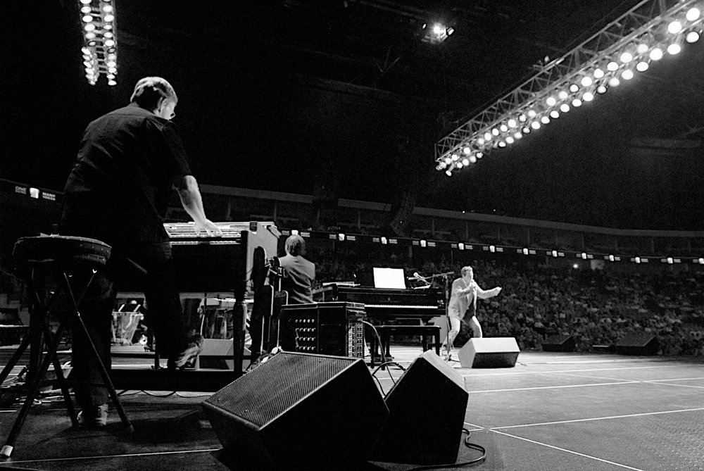 Walt working his magic on the Hammond B3 at the grand opening concert of the BOK in Tulsa, Oklahoma 2008.