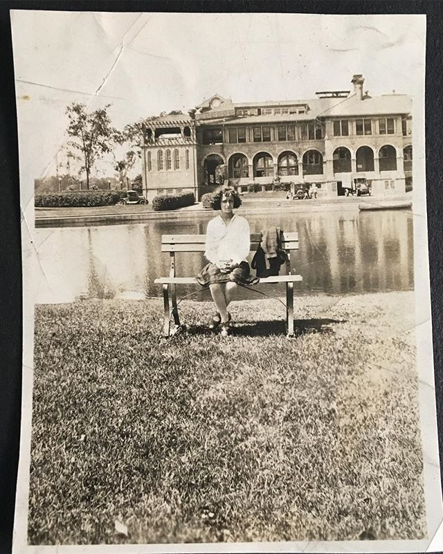 Fun on Belle Isle! #belleislecasino #macarthurbridge . . . . .  #estatesale #estatesalefinds #estateliquidation #estate #michigan #detroit_igers #estatesalescore #belleisle #detroithistory #snapshot