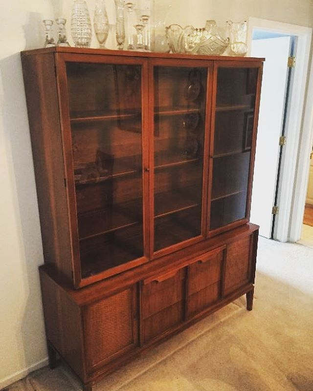 We're in Sterling Heights this week! Details at link in profile. . . . . .  #estatesale #estatesalefinds #estateliquidation #estate #michigan #detroit_igers #estatesalescore #sterlingheights