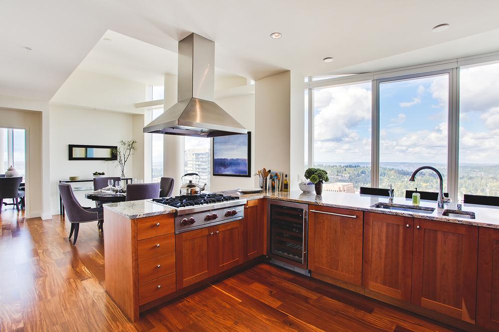 Bellevue Penthouse Kitchen