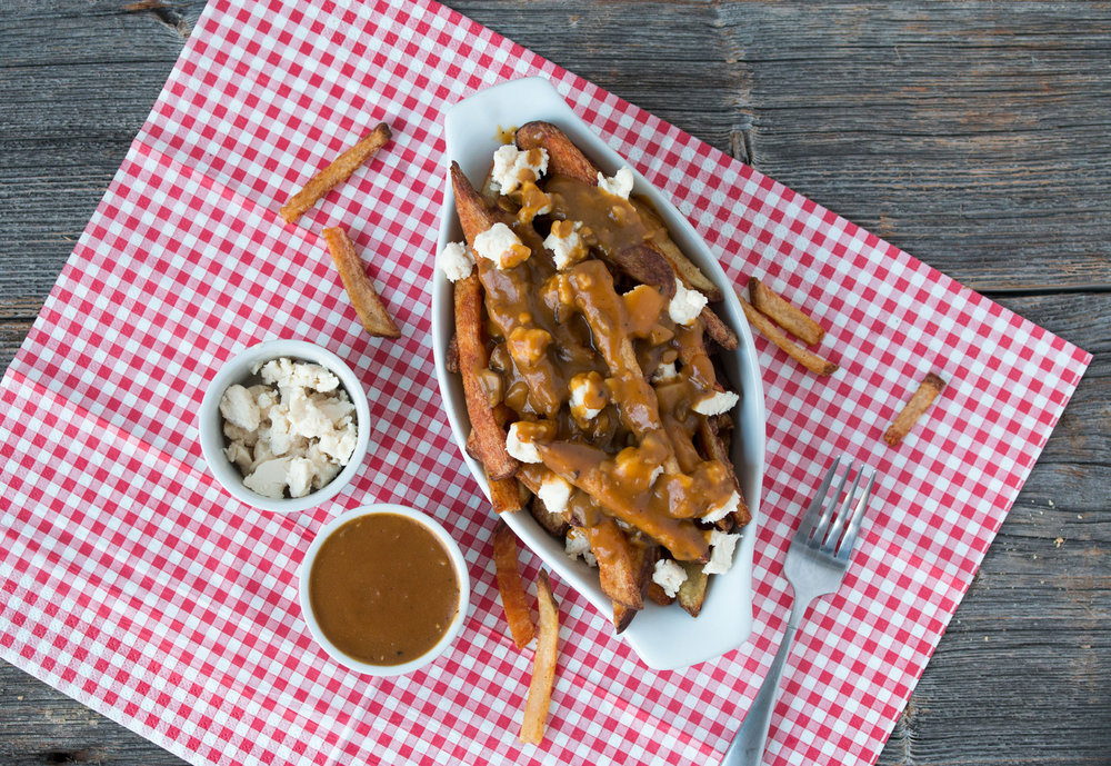 vegan+poutine+with+cheddar+cheese+and+homemade+gravy+-+RECIPE+on+hotforfoodblog.jpeg