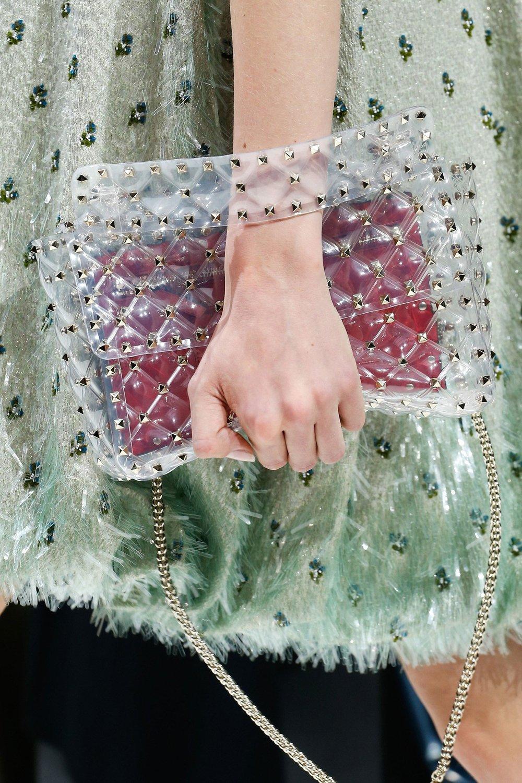 12-accessories-trend-report-transparency (1).jpg