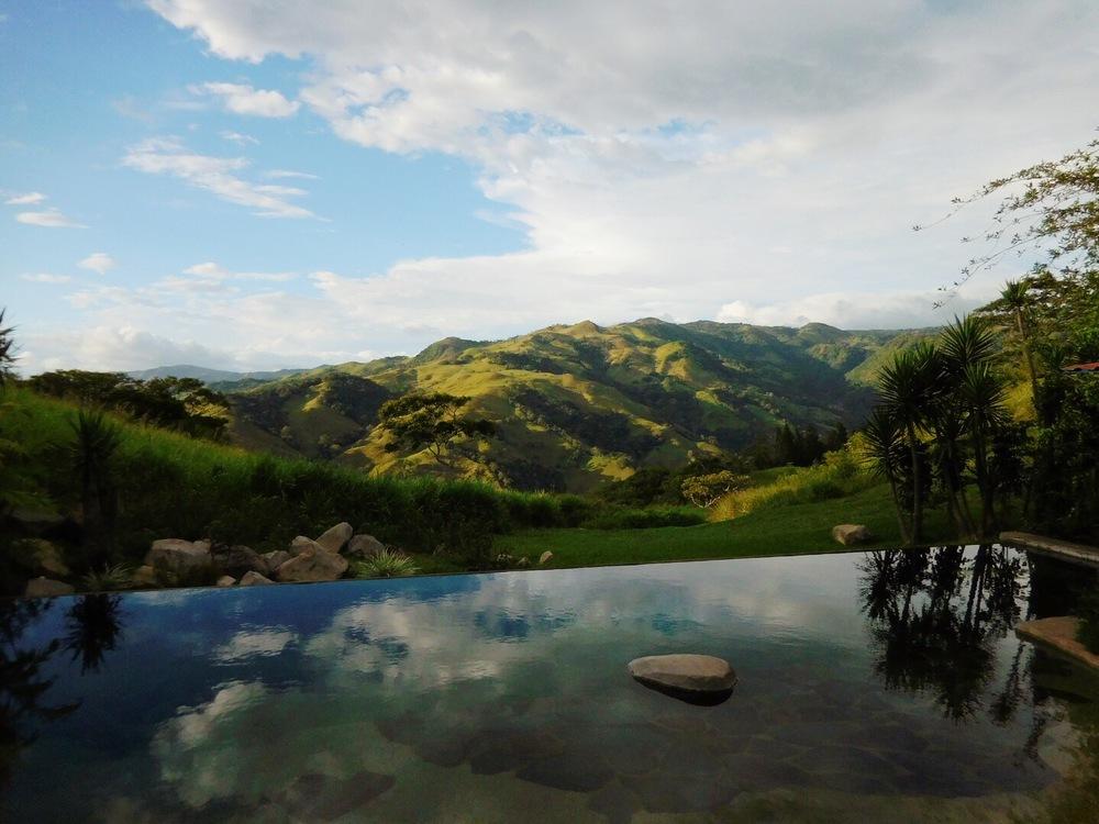 Cabins_Views_Monteverde_Costa_Rica.jpg