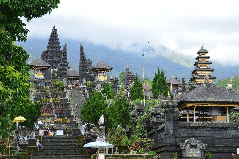 Top Romantic destinations for honeymoon