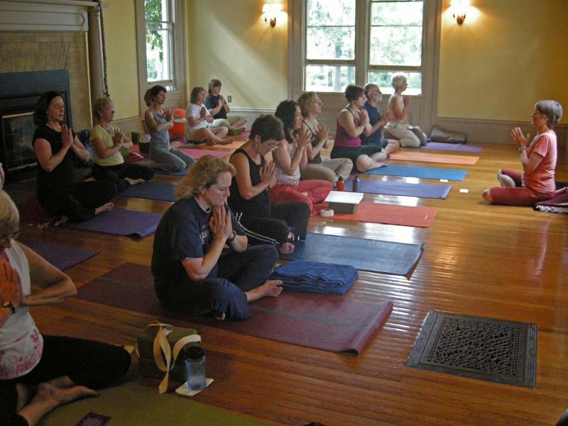 Anjali Mudra with Ellen at SB.jpg