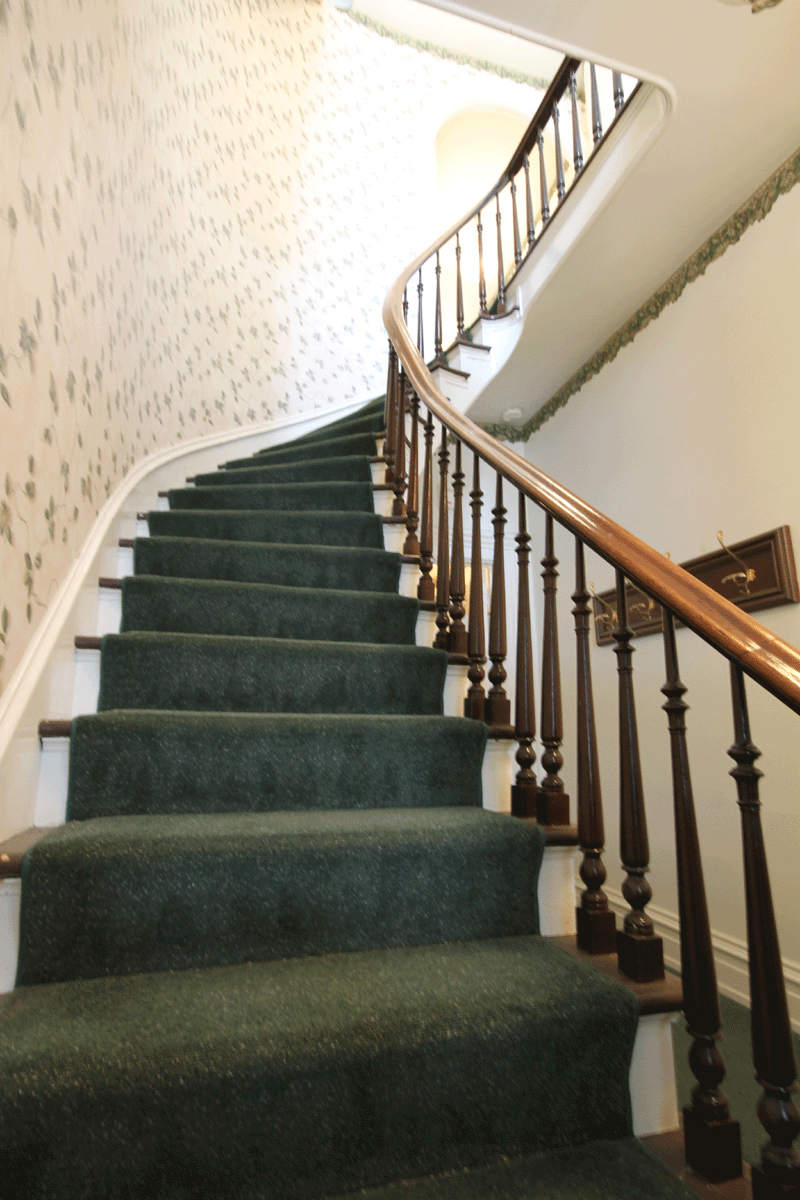 207-Jefferson-Stairs.jpg
