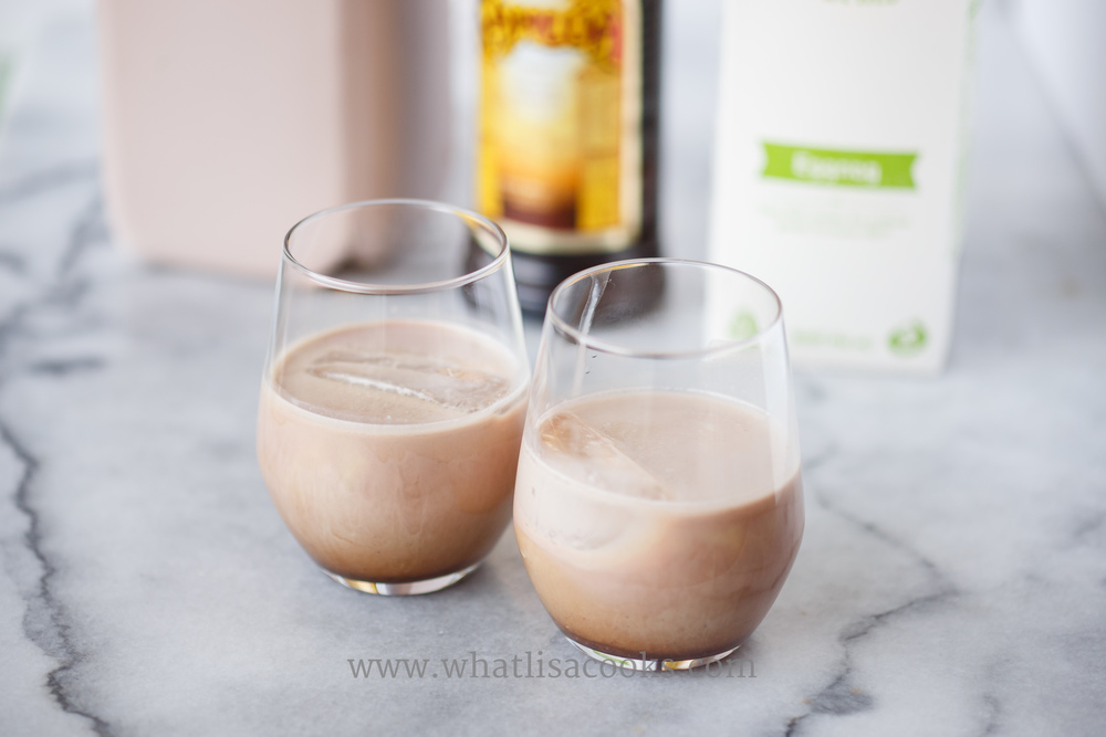 It's holiday cocktail time - and eggnog season! This sounds so yummy, and easy! Great for holiday parties. whatlisacooks.com