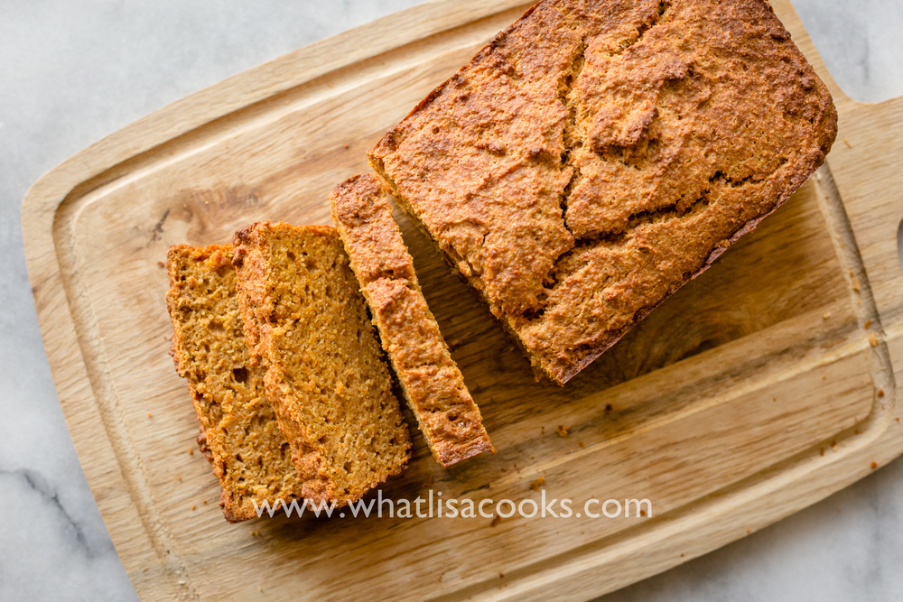 The easiest blender quick bread you will ever make. www.whatlisacooks.com