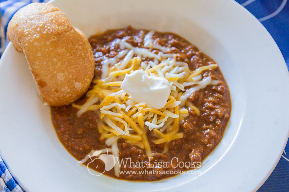 Chili for kids. A kid friendly homemade chili that the whole family will love. From whatlisacooks.com