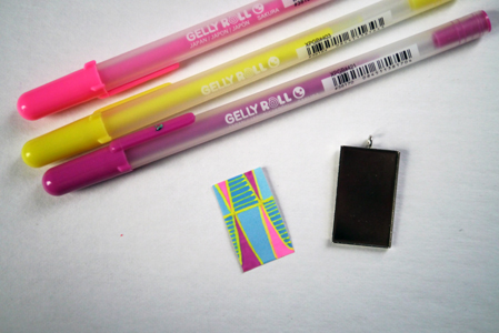 I used the Sakura Gelly Roll ® pens in colors: Moonlight Fluorescent Yellow, Moonlight Fluorescent Pink, and Moonlight Purple  on this example.