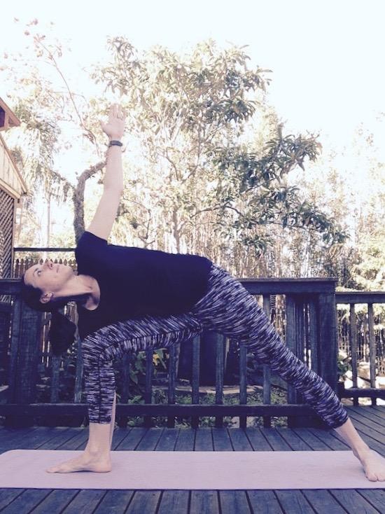 bent knee Triangle stretch