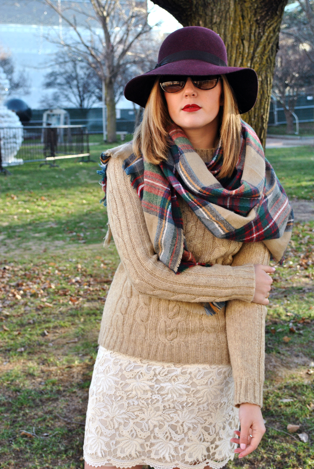 cozy in tarten and lace | thoughtfulwish