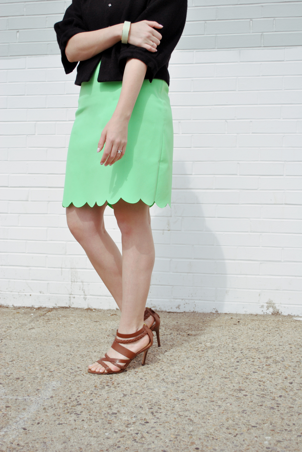 J.crew Factory Scallop Dress // green scallop dress // day to night outfit // preppy outfit // fashion blogger | thoughtfulwish