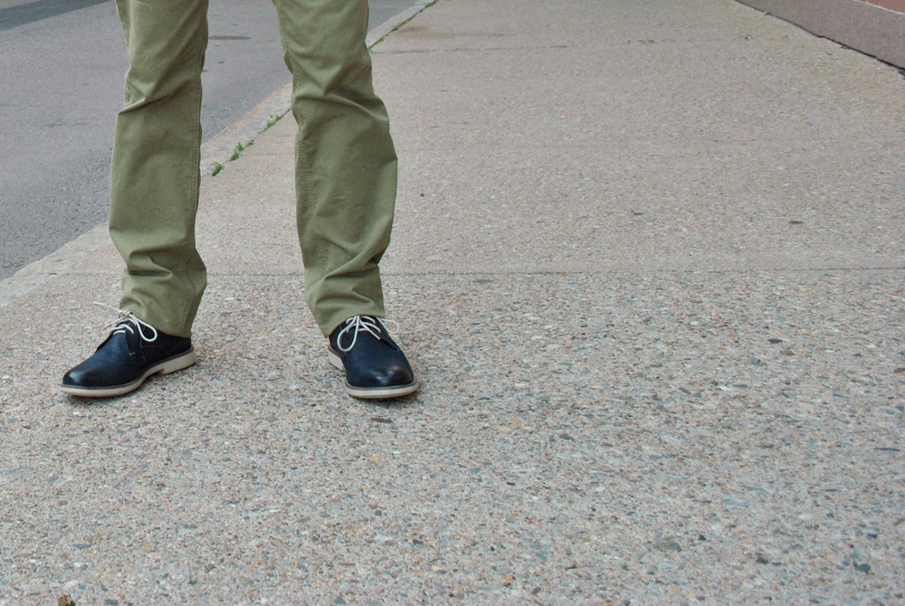 mens fashion // navy and olive // ben sherman // nordstrom // paige denim // clarks // ombre // slim fit // thoughtfulwish