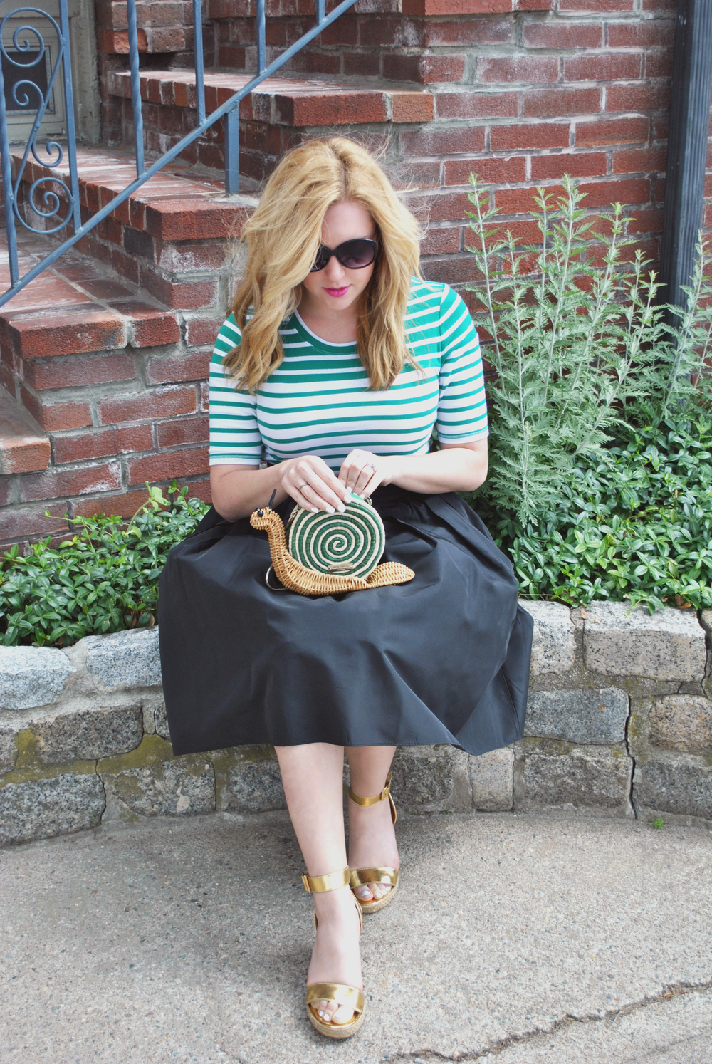 Garden party // preppy outfit // snail purse // kate spade // green stripes // puffy skirt // thoughtfulwish //