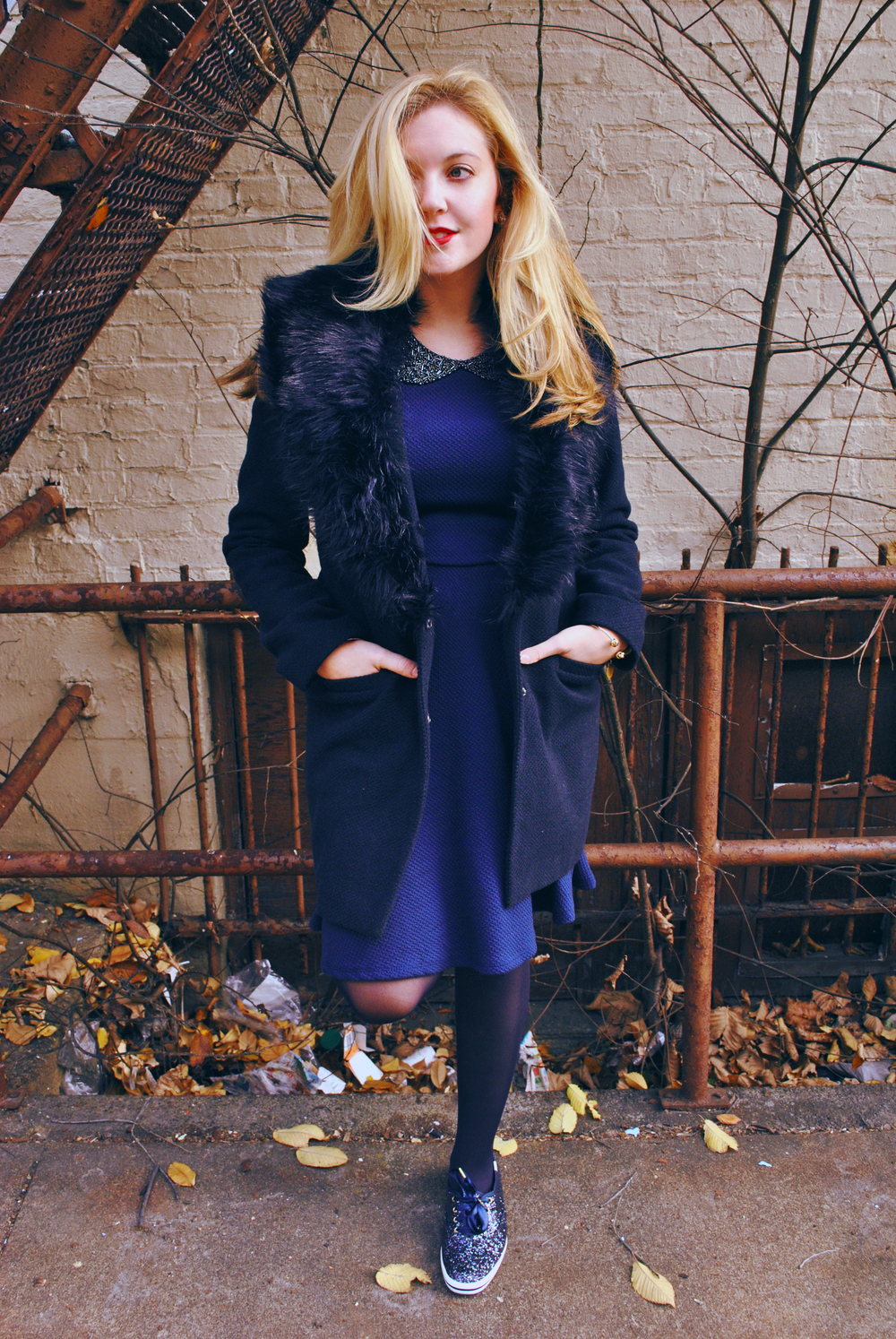 thoughtfulwish | preppy outfit // boston fashion // new england fashion // preppy // faux fur // navy dress // kate spade // primark boston // scream queens fashion // boston fashion blogger