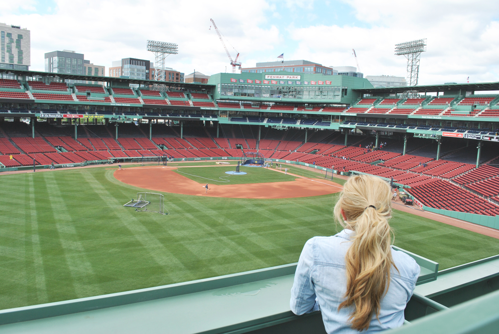 thoughtfulwish | fenway park // red sox // fashion blogger // preppy // baseball // ootd // boston // meredith wish