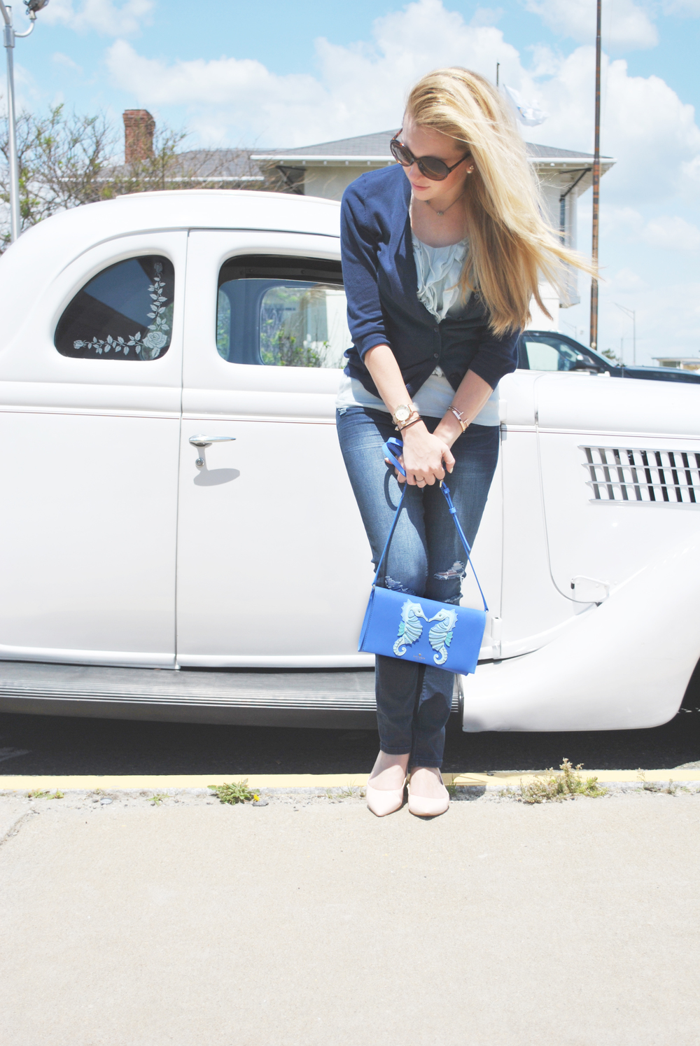 thoughtfulwish | ann taylor // loft // boston fashion // boston // fashion blogger // preppy outfit // summer outfit // kate spade // seahorse bag // meredith wish // blue outfit