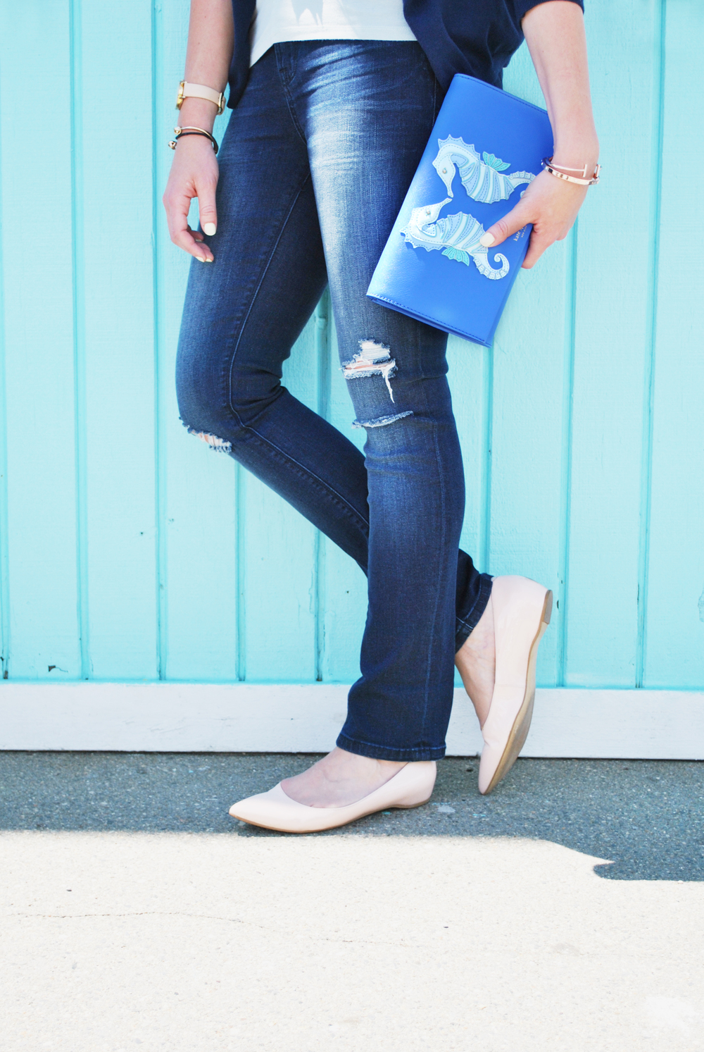 thoughtfulwish | ann taylor // loft // boston fashion // boston // fashion blogger // preppy outfit // summer outfit // kate spade // seahorse bag // meredith wish // distressed denim