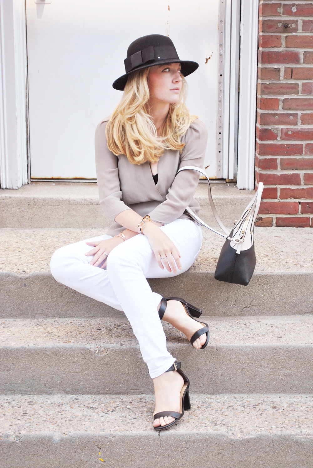 thoughtfulwish | fashion blogger // boston blogger // boston fashion // aritzia // prudential center // boston // meredith wish // kate spade // white denim // early fall outfit