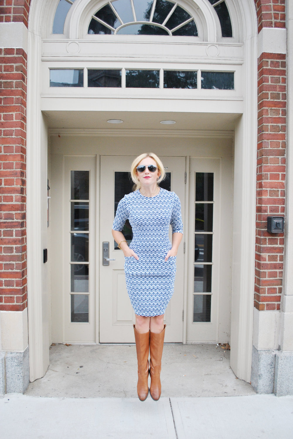 thoughtfulwish // j.mclaughlin // navy dress // preppy outfit // fall outfit // layered outfit // boston // new england fashion // boston fashion // fblog // fashion blogger // meredith wish