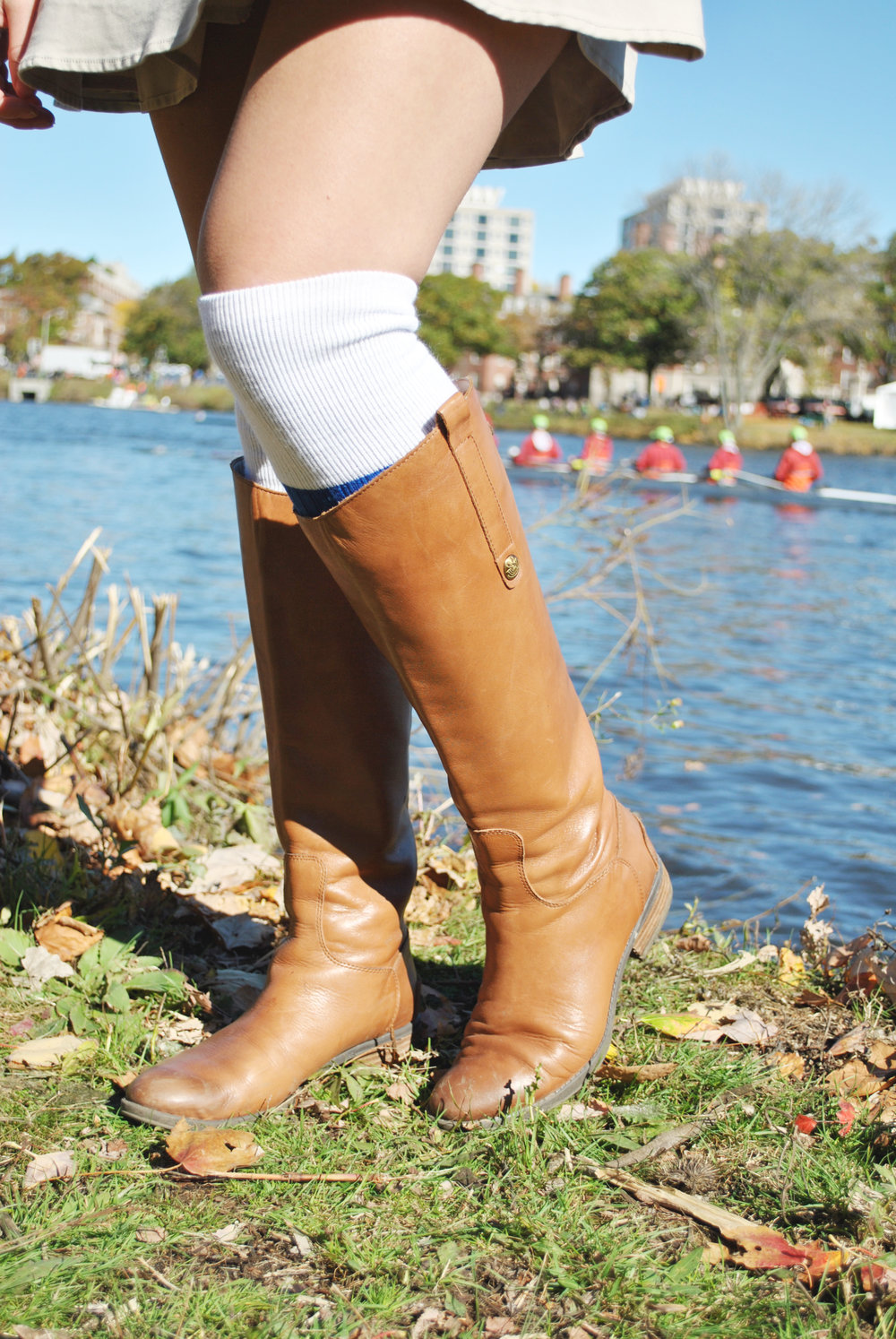 thoughtfulwish | BBHOCR // head of the charles // boston fashion // new england fashion // fall outfit // rowing // charles river // preppy // fashion // fblog // meredith wish // simmons college