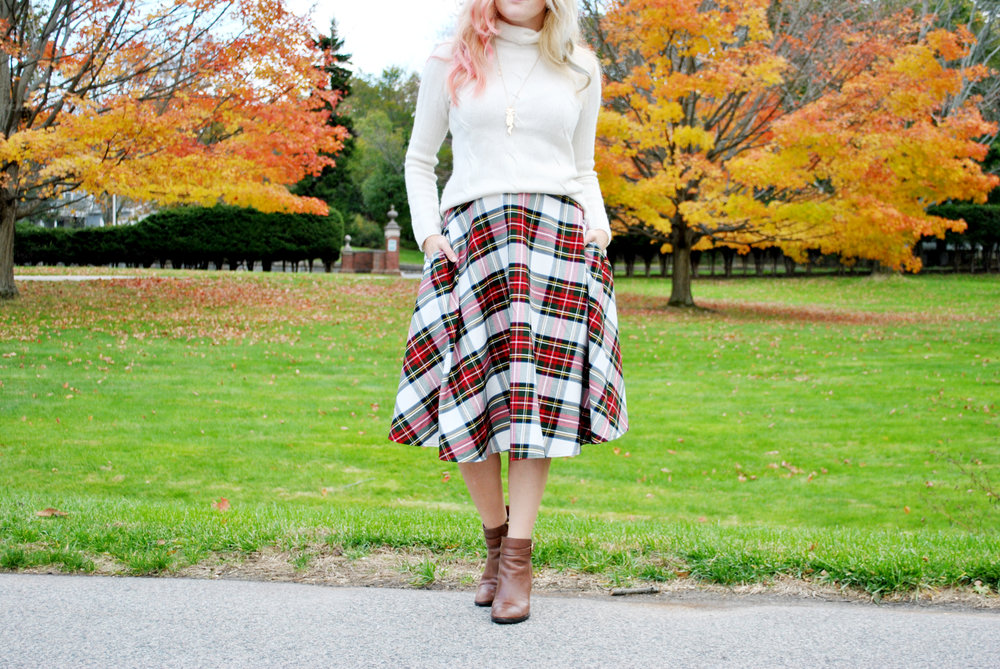 thoughtfulwish | tartan // preppy outfit // fall outfit // j.mclaughlin // boston // meredith wish