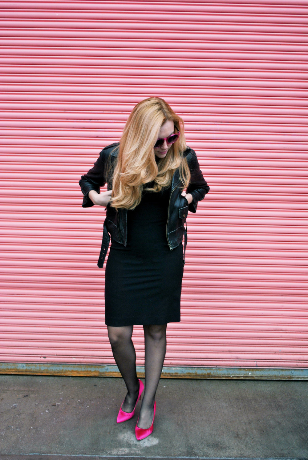 thoughtfulwish | stockings, vienne milano, rockabilly, thigh highs, valentine's day, fashion blogger, fashion, fblog, black dress, sale, hot pink, same edelman, kate spade, meredith wish