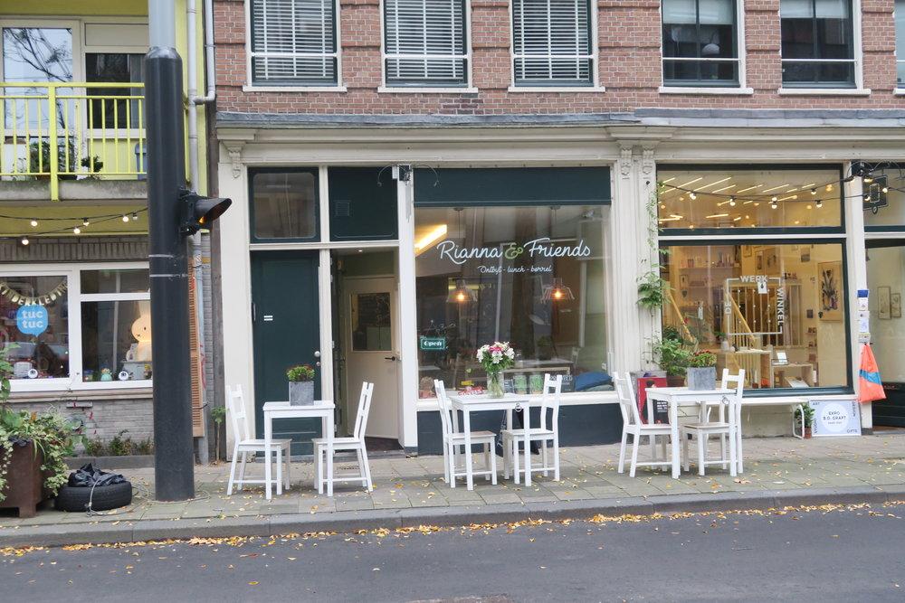 Lunchroom Rianna & Friends, Czaar Peterstraat 106