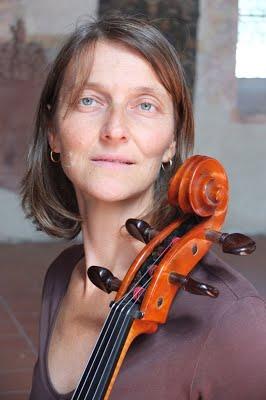 Geneviève Mégier au violoncelle
