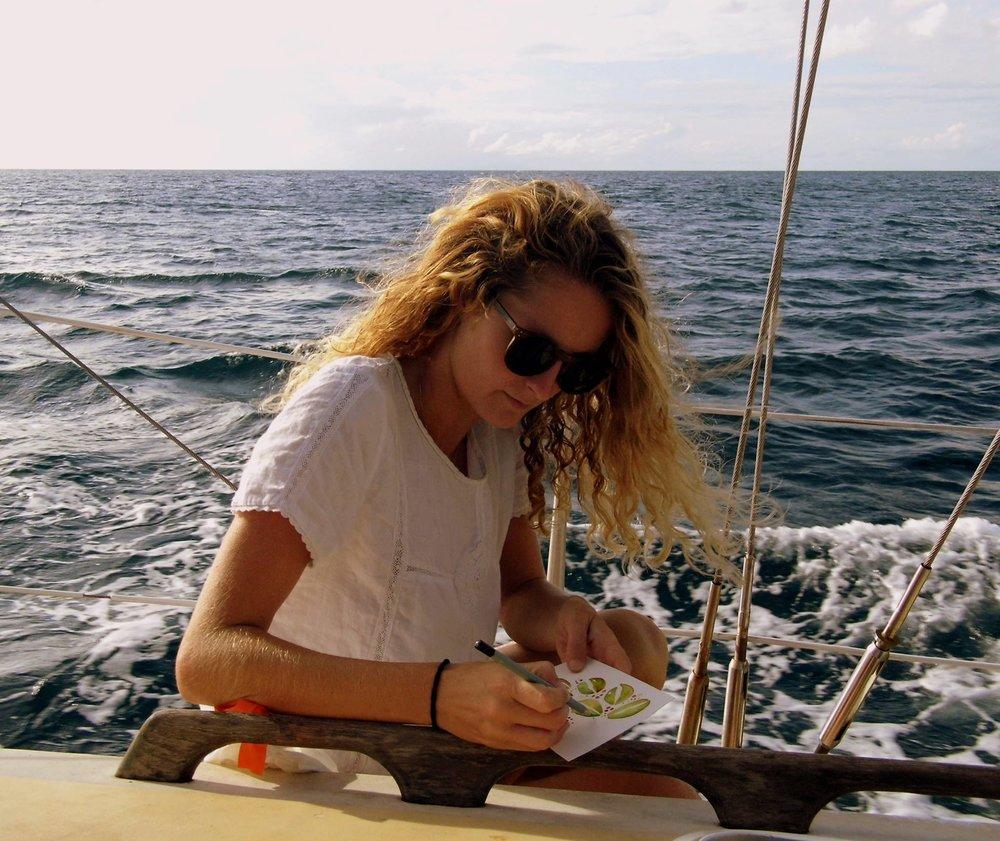 Anna en mer des caraïbes pendant 3 mois dessine