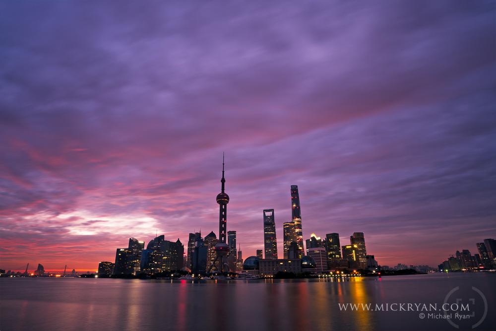 Bund Sunrise-9450-Edit.jpg