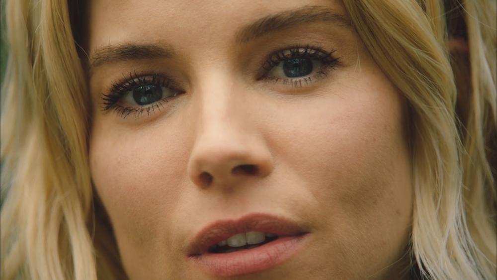 Vogue Sienna Miller_1.1.3.jpg