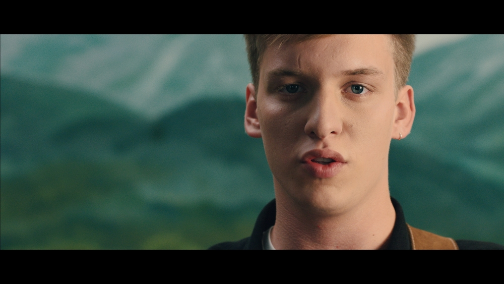 GEORGE EZRA LISTEN TO THE MAN_1.15.6.jpg