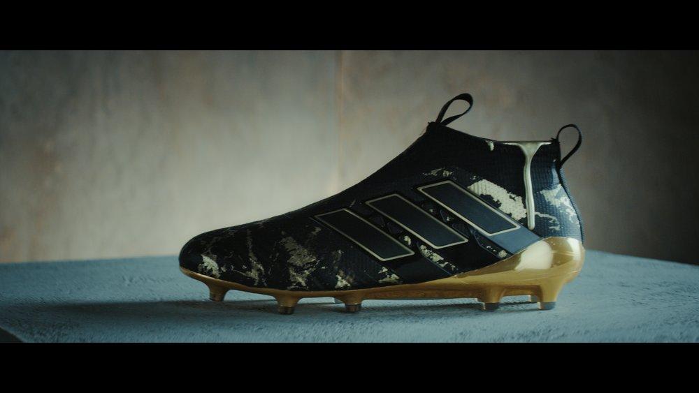 adidas_1.2.11.jpg