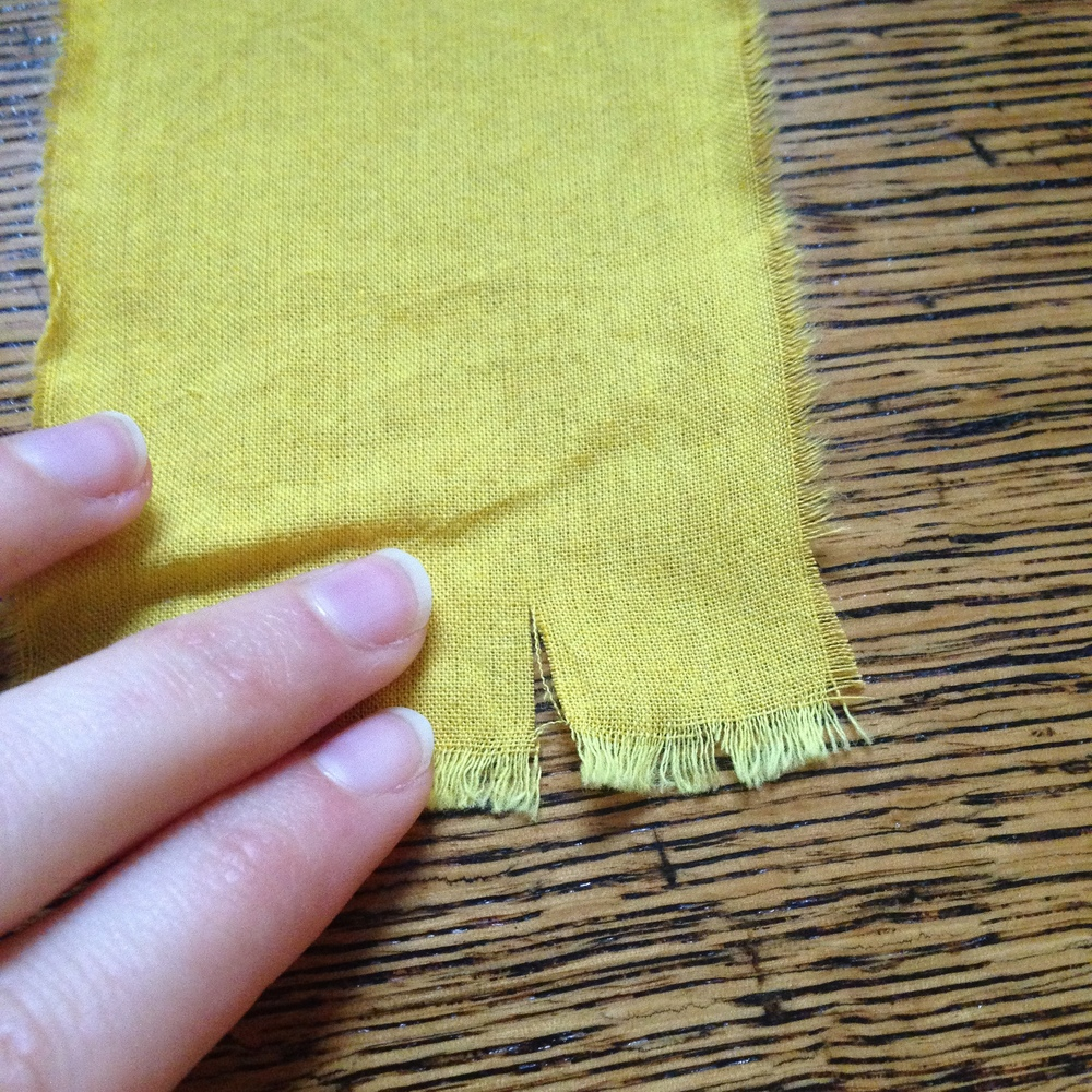 how to find the grain of fabric