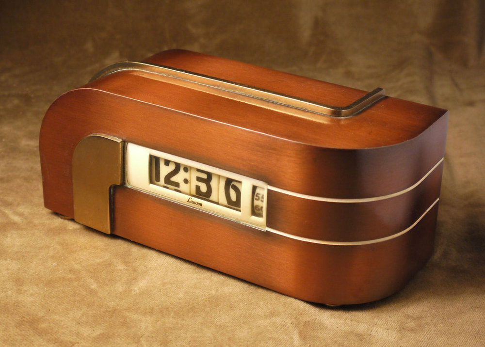 Art Moderne clock via  Collectorsweekly.com