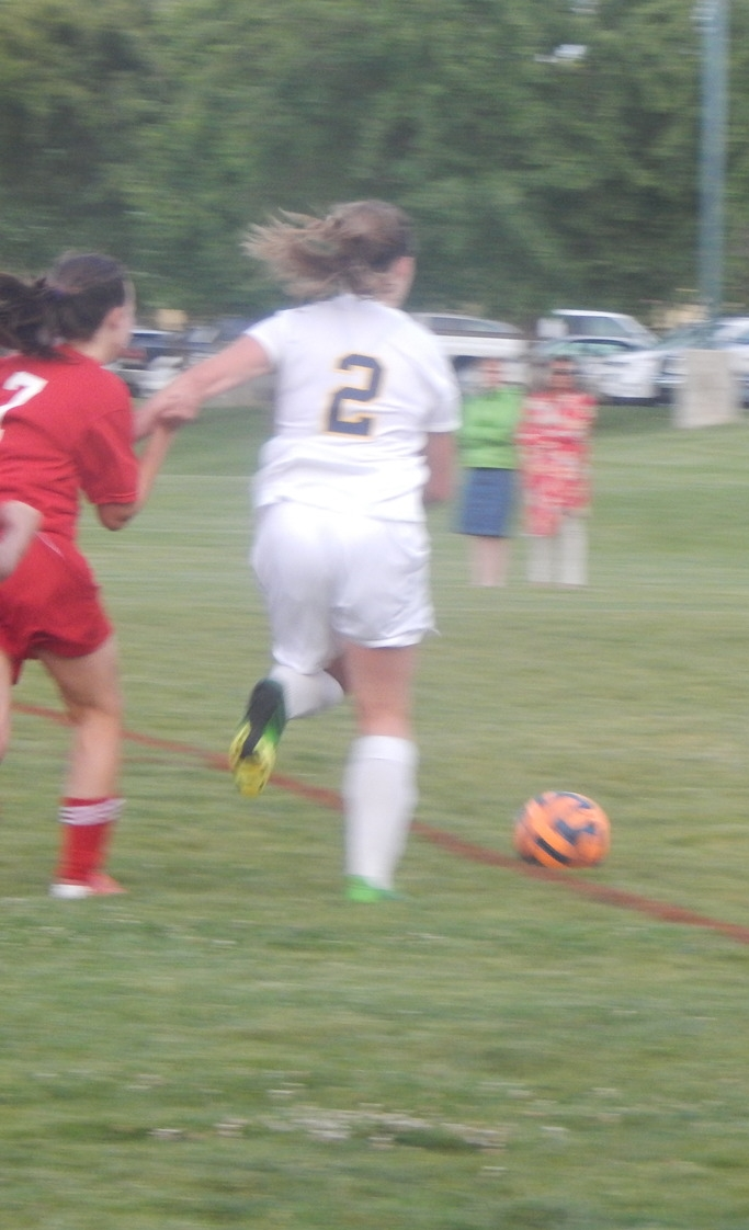Noelle DiGrazia advancing the ball
