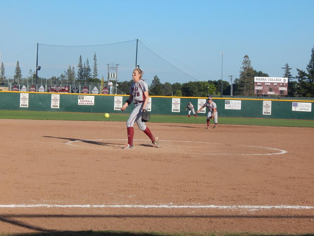Jordan Becker pitching